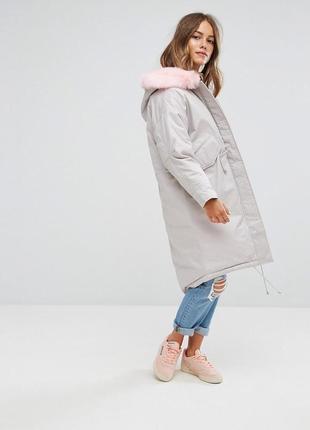 Зимняя оверсайз серая парка\куртка\пальто с розовым меховым капюшоном от asos !