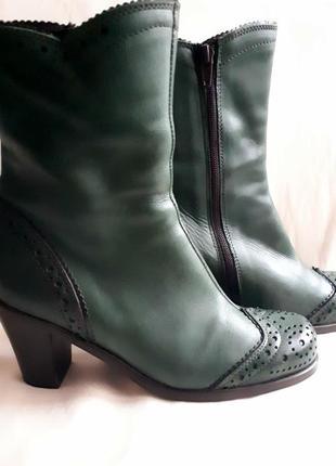 Кожаные ботинки /2я вещь в подарок