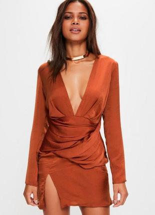 Особенное сатиновое платье