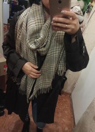 Актуальный клетчатый  большой шарф палантин h&m