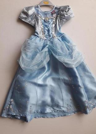 Новогоднее платье принцесы...