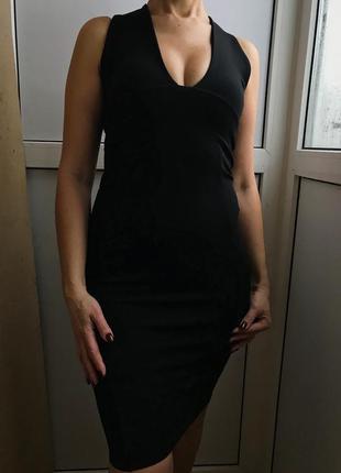 Красивое чёрное платье prettylittlething
