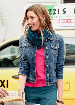 Отличная стильная базовая джинсовая куртка жакет от tcm tchibo р.44 евро, 50 наш.