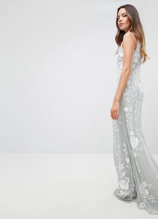Frock and frill tall надзвичайна декорована сукня