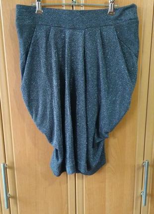 Серая юбка с серебристой нитью