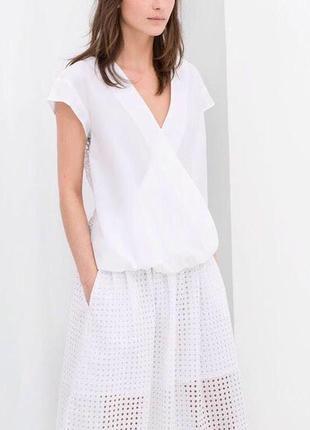 Белая блуза с шитьём zara basic, xs, лимитированная коллекция