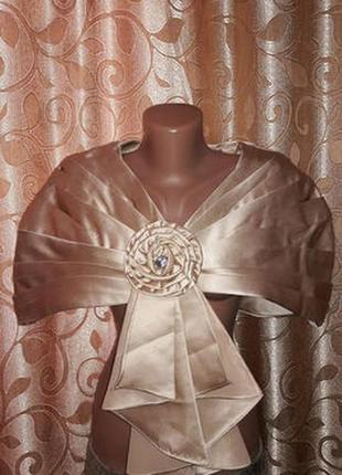 Красивое женское нарядное болеро, накидка