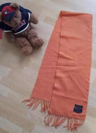 Отличный шерстяной шарф gant
