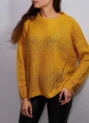 Новый желтый вязаный свитер оверсайз страдивариус stradivarius италия