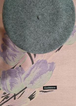 Комплект двухсторонний зимний шарф-палантинтюльпаны и берет tonak чехия