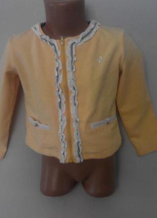 Трикотажный пиджак. на 6-8 лет