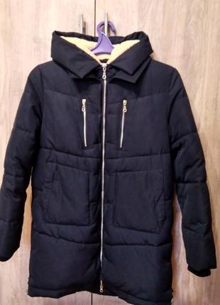 Дуже тепла зимова куртка