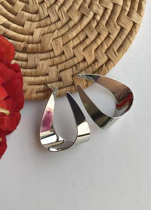 Стильные крупные женские серьги металл капли в серебряном цвете, геометрия