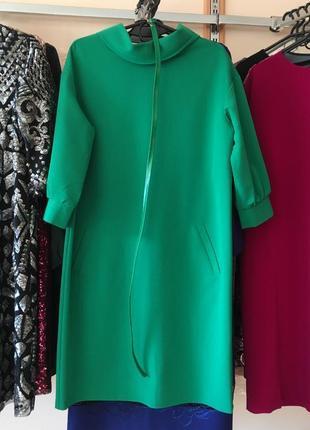Стильное платье ( шлифованная шерсть ) , 42 европ. размер