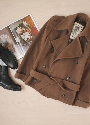 Шерстяное пальто. 65% шерсть 15%кашемир