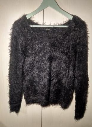 Пушистый свитер!