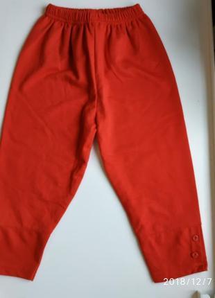 Трикотажные штаны бриджи на девочку 4 года