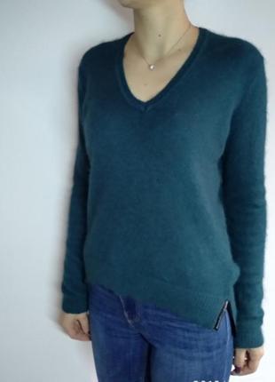 Теплый свитер с ангоры