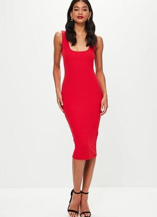 Красное миди платье по фигуре