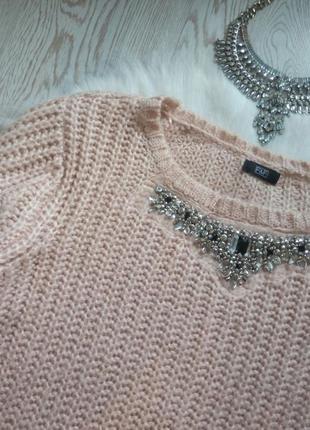 Розовый вязаный свитер с воротником в стразах и камнях украшениях батал большой кофта