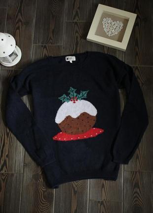 Новогодний свитер с рождественским принтом и пайетками
