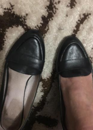 Фирменные славные кожаные туфли стелька 24см