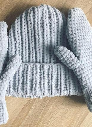 Шапка и рукавицы варежки вязаные ручная работа светло-серые велюр новая handmade теплые