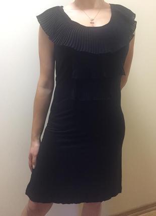 Распродажа! шикарное платье чёрное с гофрэ l(48)