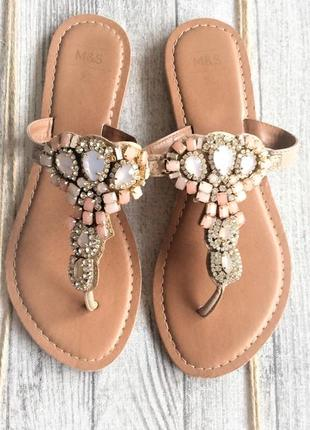 Ювелирные сандалии с кристаллами шлепки вьетнамки marks&spencer2 фото