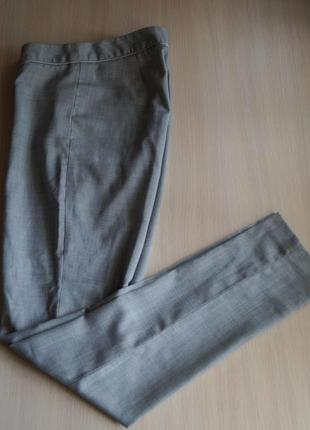 В наличии классические брюки от next