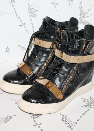 Стильные итальянские ботинки giuseppe zanotti сникерсы 36 размер 23 см стелька