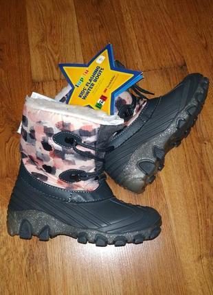 Детские зимние термо ботинки c мигалками немецкой марки lupilu италия размер 30
