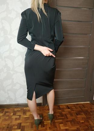 Женственное нарядное платье миди