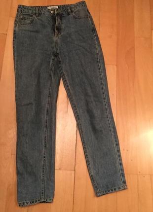 Mom fit джинсы bershka