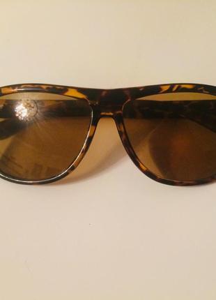 Модные очки rayban