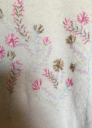 Новый шерстяной свитерок с вышивкой linea 14-16pp4
