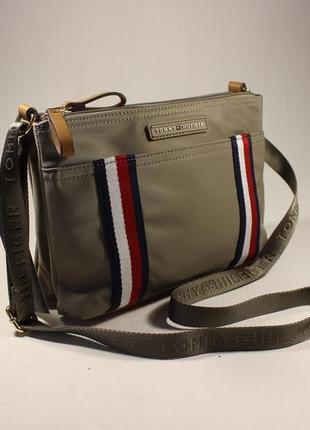 b26d5f21b788 Женские сумки Tommy Hilfiger 2019 - купить недорого вещи в интернет ...