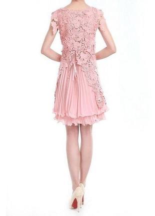 Роскошное платье из кружева jolie moi