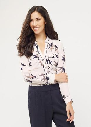 Стильная рубашка блузка в пижамном стиле принт ласточки птицы от oasis