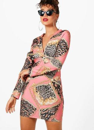 Boohoo. оригинал. плотное эффектное платье. на наш размер 38