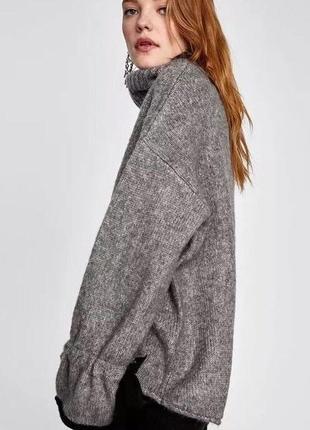Теплый свитер под горло от zara