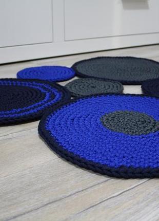 интерьерный вязаный коврик синие круги Hand Made цена 1050 грн