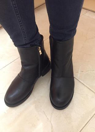 Сапоги полусапожки ботинки низкий каблук кожзам зимние сапоги