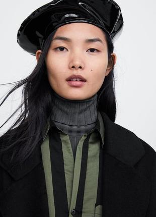 В наличии! стильный модный виниловый берет от zara!
