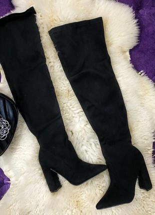 Стильные ботфорты на удобном каблуке в наличии
