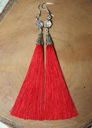 Серьги серёжки кисти кисточки  красные с хрустальными бусинами