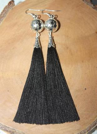 Серьги серёжки кисти кисточки чёрные с металлической бусиной