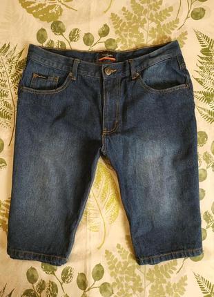 Фирменные джинсовые шорты pierre cardin