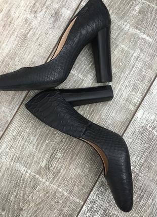 Туфли черные кожаные calvin klein