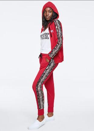 Стильный спортивный костюм victoria's secret pink